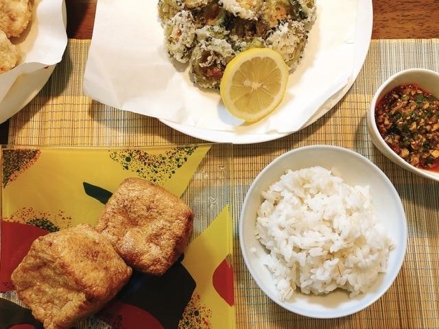 ラージャオジャンの食卓写真